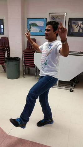 India club does ethnic dancing