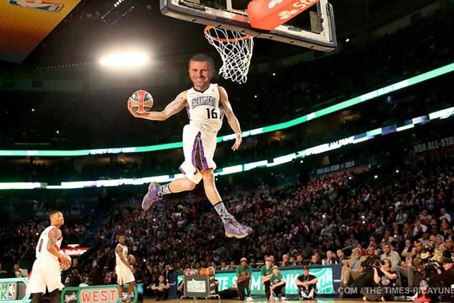 Boyle stands tall in dunk contest