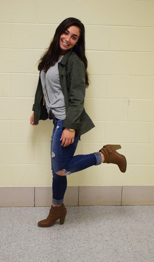 Senior+Arianna+Minas++sports+a+green+cargo+jacket+from+Nordstrom+and+a+twist-up+shirt+with+a+layered+necklace%2C+both+from+Francesca%E2%80%99s%2C+ripped+jeans+from+American+Eagle+and+booties+from+DSW+Dec.+7.
