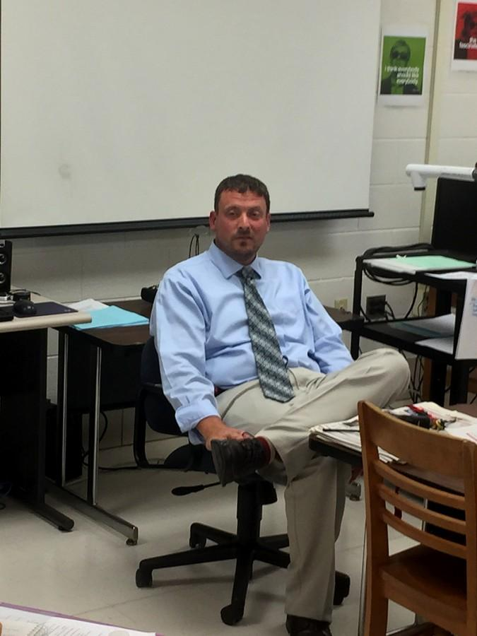 Principal Sam Wynkoop fields questions during B2 journalism class in room 115 Sept. 2. Among the topics discussed were his plans to launch a monile office that would permit him to work from different points of the school, and plans to move the school's trash bins from the upper lot. Watch for the full story on our website and in our October edition.