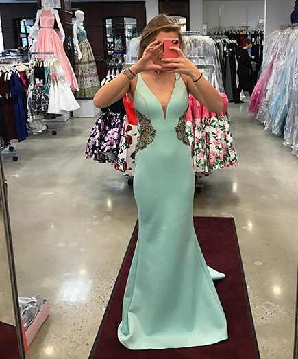 Prom dress Facebook page proves obligatory